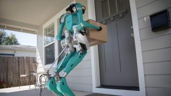 Digit är en människoliknande robot som ska hjälpa framtidens självkörande bilar med varuleveranser.