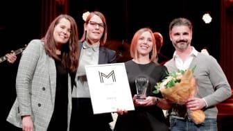 Linnea Ström och Linda Granath, Elgiganten med Jannicke Tibell och Daniel Sindelar, iProspect tog emot priset. Foto: Dagens Media
