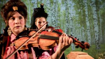 Sara Parkman och Samantha Ohlanders - Nationalparken