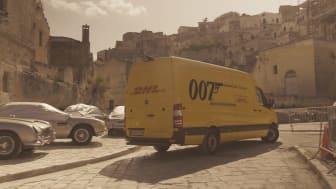 For 5. gang har DHL haft en afgørende rolle bag kulisserne til en ny James Bond-film. Det var logistikfirmaets opgave at sørge for, at filmenhederne altid havde det rigtige udstyr til rådighed på rette tid og sted.