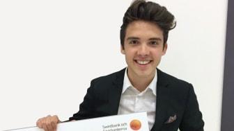 """Theo Pokorny från Thoren Business School Stockholm blev """"Årets säljare"""" när SM i Ung Företagsamhet avgjordes på Stockholmsmässan 16-17 maj."""