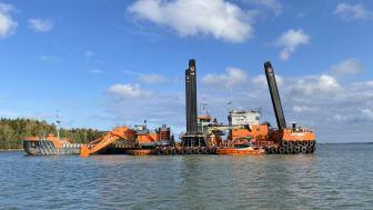 Ett av de muddringsverk som Sjöfartsverket använder sig av. | Fotograf - Max Bjurström / Sjöfartsverket