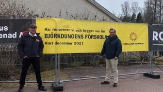 Henrik Lander och Niklas Wikström framför arbetsområdet vid Björkdungens nya lokaler.