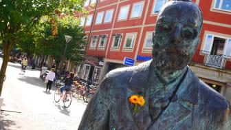 Gustaf Fröding-staty på Gågatan