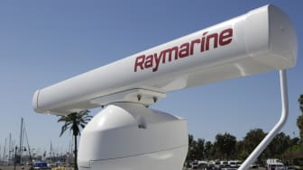High res image - Raymarine - Magnum Radar Mounted