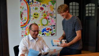 Andreas Liefeith von procilon mit Markus Wulftange von der Elternhilfe