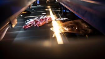 Sysav har inlett ett samarbete med den svenska sportmodekedjan Stadium för att uttjänt polyester ska kunna återvinnas till nytt tyg.