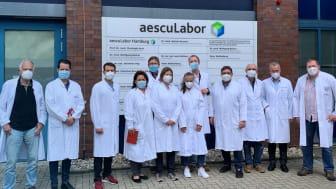 Mitarbeiter des Gesundheitsamt HH-Wandsbek zu Besuch im aescuLabor