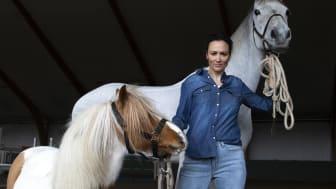 Jönköping Horse Shows Lisen Bratt Fredricson är mycket glad över det nya samarbetet med Cellbes.