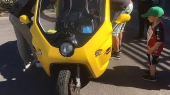 En av mobilitetstjänsterna som testades i projektet var Pendelpoden – en eldriven minitaxi med plats för två passagerare.