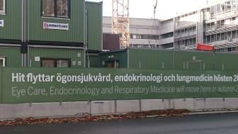 Det pågår omfattande utveckling och modernisering av sjukhusområdet i Malmö för en modern vård och service, bl a för patienter, medarbetare och invånare i staden. Den 2 juni bjuder vi in till ett studiebesök för att ta en titt bakom de gröna planken!