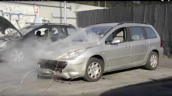 Felaktig AC-gas orsakade explosionsartad brand vid test