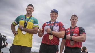 Laurence O'Toole, Australien, Matt Cogar, USA, och Stirling Hart, Kanada, tog topplaceringarna i Champions Trophy.