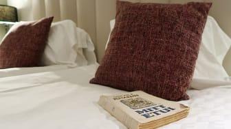Genom engagemanget i Augustpriset vill Elite Hotels bidra till en positiv utveckling för svensk litteratur och svensk kultur i stort..