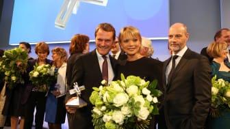 Felix Burda Award 2013: Preisträger Daniel Bahr mit Uschi Glas und Simon Licht