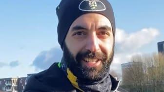 Arash Hamidian, som fram till för några år sedan själv forskade med stöd från Barncancerfonden, menar att hans arbete inom onkologi på Amgen är en naturlig fortsättning på hans personliga engagemang i frågan.