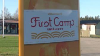 Idag har First Camp i Umeå fått sina nya hoppkuddar!