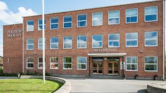 Skyddsstoppet på Polhemskolan hävdes under måndagseftermiddagen av Arbetsmiljöverket.