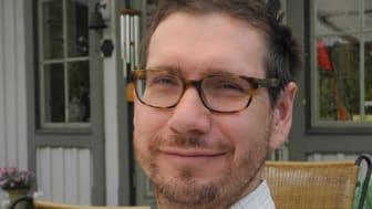Leif Runefelt, professor i idéhistoria vid Södertörns högskola, är ny ledamot i Kungl. Vitterhetsakademien.