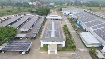 GROHEs fabrikk i Klaeng, Thailand består utelukkende av solceller. Dette minsker CO2-utslippet til GROHE med nesten 2000 tonn hvert år.