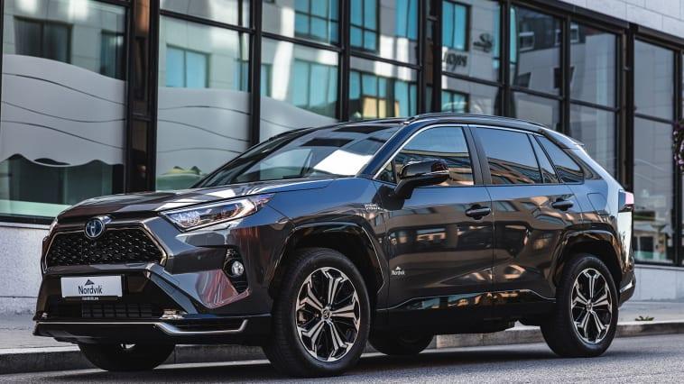 Toyota på topp: RAV4 er Sortlands mest kjøpte bilmodell hittil i år. Foto: Nordvik AS. Høyoppløselig bilde i bunnen av artikkelen.