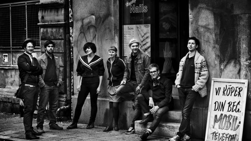 Vit Päls Live på Scandic Grand Central, Acoustic bar