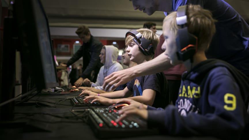 Det fanns ett 40-tal spel att testa för besökarna till Sweden Game Festival i Skövde 2019. Foto: Tobias Andersson/Next Skövde