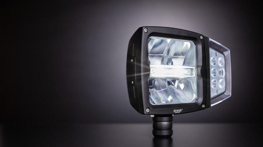 Fullt E-märkt ploglampa med: halvljus, helljus, positionsljus och blinkers