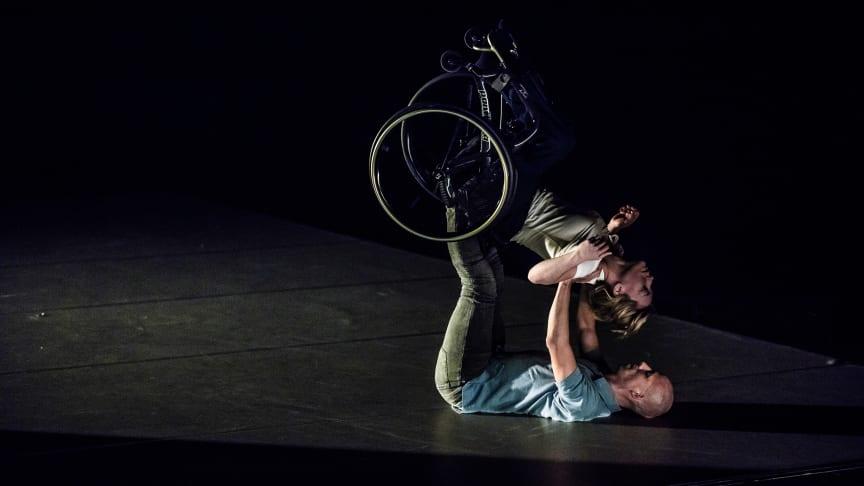 Dare to Wreck dansas av Madeleine Månsson och Peder Nilsson