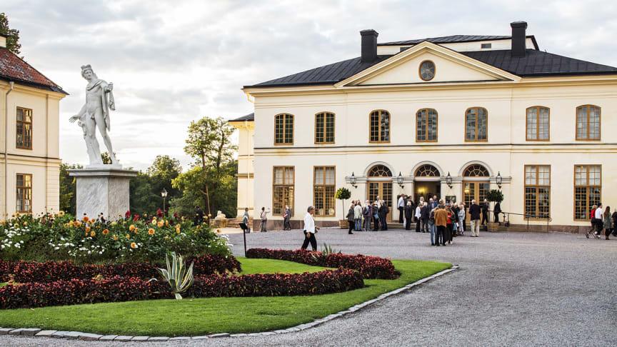 Drottningholmsteatern tar sikte på sommaren 2021