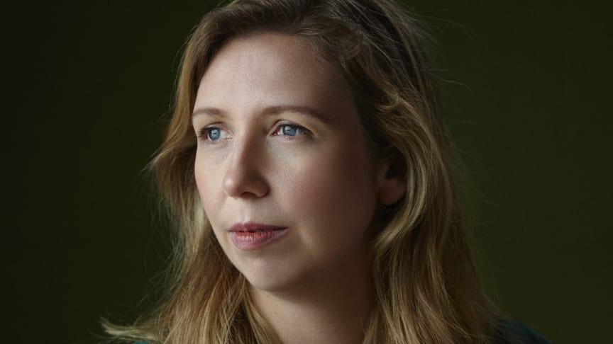 Helene Flood, forfatteren av debutsuksessen Terapeuten.