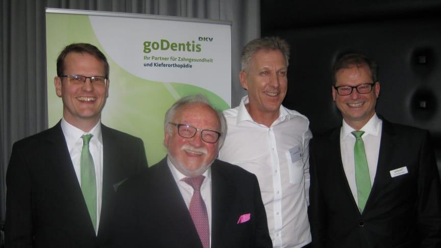 Gute Stimmung auf dem goDentis-Anwendertreffen 2017 in Köln: v.links: Dr. Björn Eggert, Prof. Dr. Rolf Hinz, Dr. Michael Visse, Dr. Thomas Kiesel