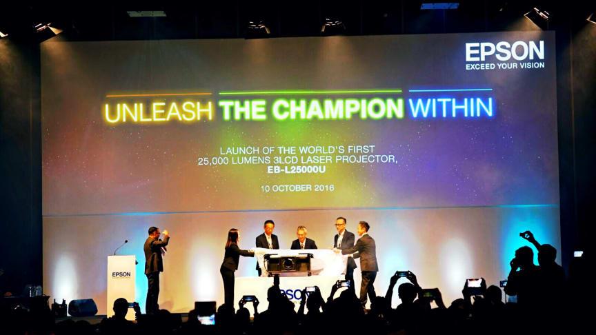 Launching Epson Projektor EB-L25000U oleh jajaran Manajemen Epson Southeast Asia