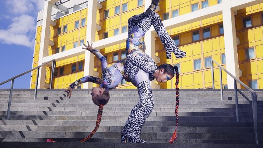 Milla Lahtinen och Sofia Sarojini. Foto: Klara G.