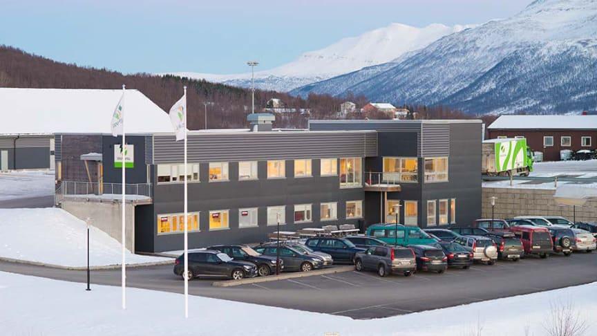 Ruller ut 20 kilometer fjernvarmenett på Finnsnes