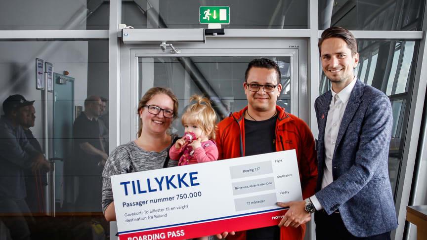 Norwegian fejrer passager nummer 750.000 i Billund