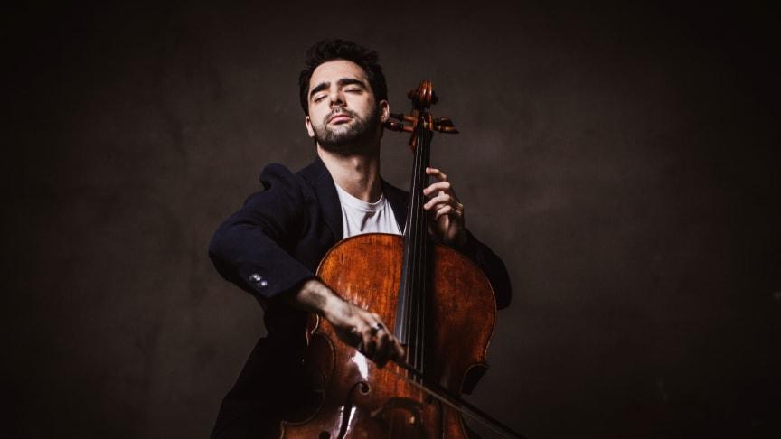 Cellostjärnan Pablo Ferrández spelar livestreaimad konsert i Gävle Konserthus