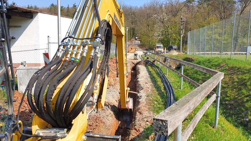 In Lengfurt werden noch bis voraussichtlich November insgesamt rund fünf Kilometer Mittelspannungskabel neu verlegt.