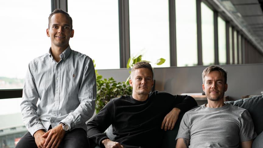 Bluebird Medias grundare och partners fr.v.: Patrik Segersven, Head of SEM & Analytics, Magnus Dahlquist, VD, och Henry Mäkelä, Head of Social & Display