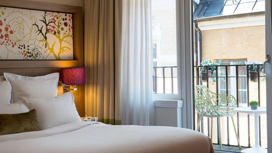 Elite Hotel hotellrum med balkong