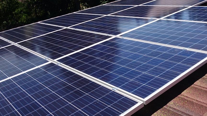 Solceller på taket (foto: Otovo)