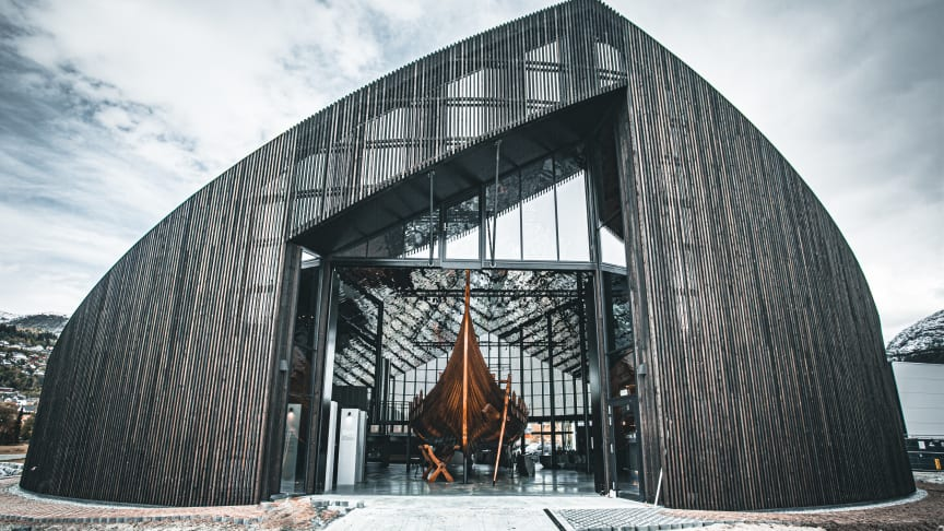 Sagastad is a new knowledge- and activity center in Nordfjordeid dedicated to the Viking Age