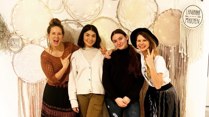 Live-Podcast im Pop-Up-Store der Langhaarmädchen mit DEIN MÜNCHEN Jugendbotschaftern Ejona & Sophia