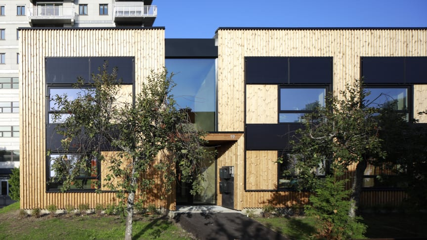 Boligbygg er klare for nytt EU-samarbeid etter innovativ rehabilitering av denne fasaden. Foto: Ivan Brodey