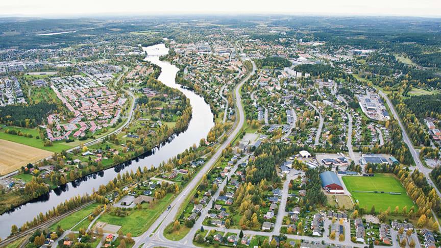 Skellefteå kommun har blivit beviljad ett så kallat stadsmiljöavtal på 89,5 miljoner av Trafikverket för byggandet av den nya bron över älven, omvandlingen av Parkbron samt anläggandet av två nya gång- och cykelvägar till Bergsbyns industriområde.