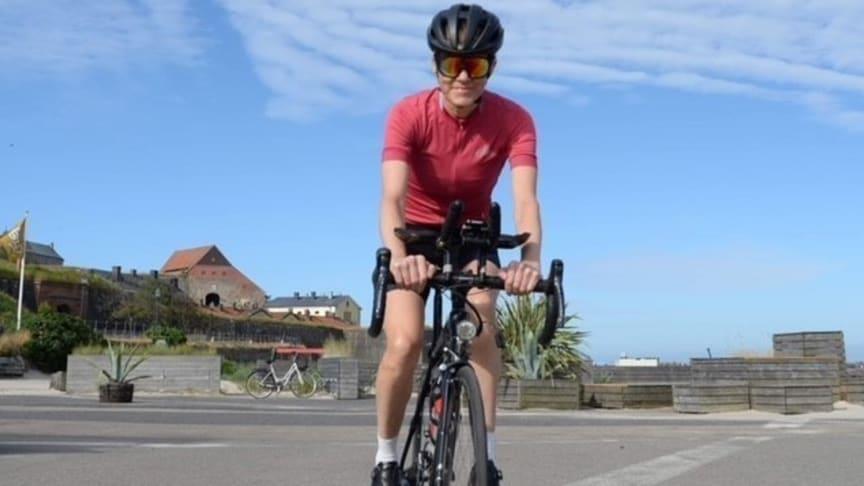 Anna samlar in pengar till diabetesforskningen genom att cykla genom Sverige