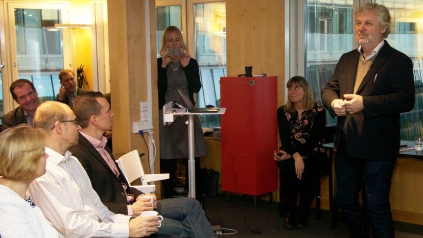 Bostadsminister Peter Eriksson på besök hos Riksbyggen