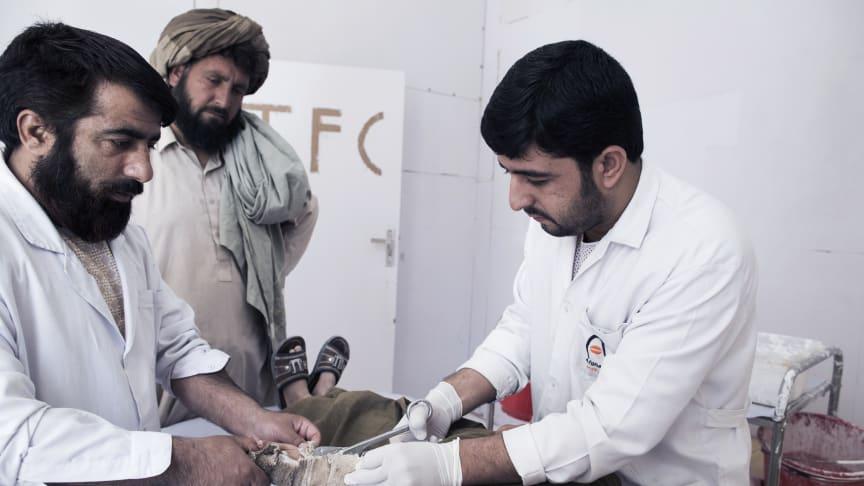 Ny rapport: Sjukvård utom räckhåll i Afghanistan