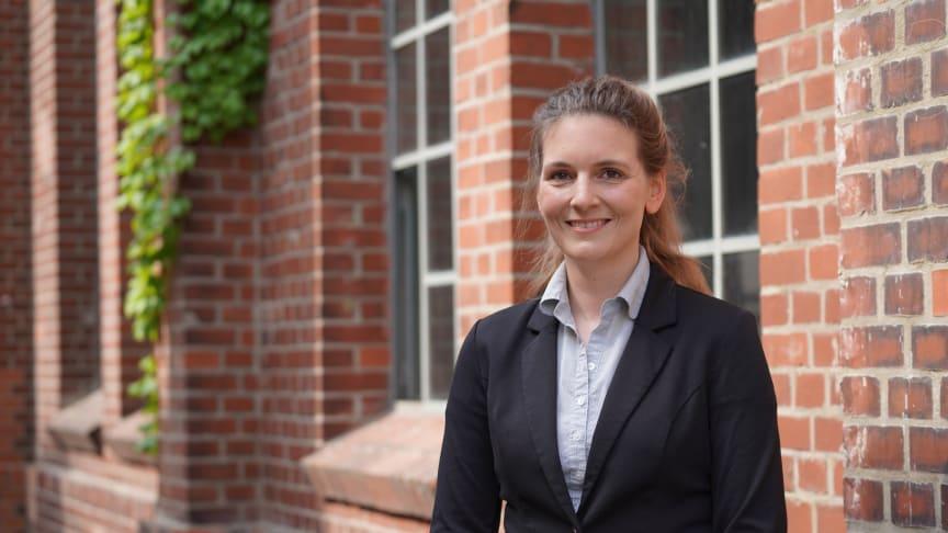 Prof. Carolin Schmitz-Antoniak trat zum 1. Juli 2021 ihr Amt als Professorin für Instrumentelle Analytik / Angewandte Oberflächenphysik im Fachbereich Ingenieur- und Naturwissenschaften der TH Wildau an. (Bild: Mareike Rammelt/TH Wildau)