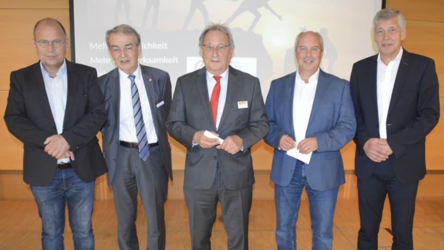 BADS-Vorstand nach der Wahl am 9. Okt. 2021  v.li.: Thomas Maile, Gerd Weinreich, Helmut Trentmann, Dr. Thorsten Prange, Dr. Ewald Brandt